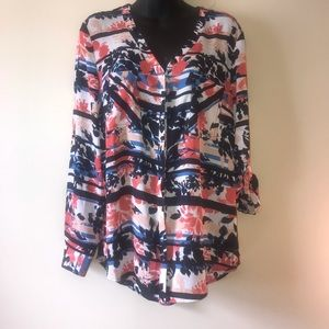 Simply styled floral print blouse L